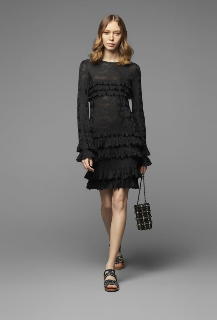 Платье Шанель коллекции 2020.