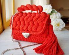 сумка красная вязаная