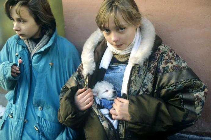 девочки в куртках 90-е