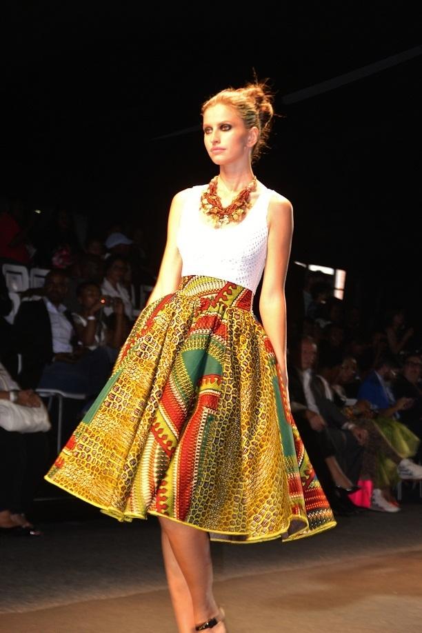 Современный образ в африканском стиле.