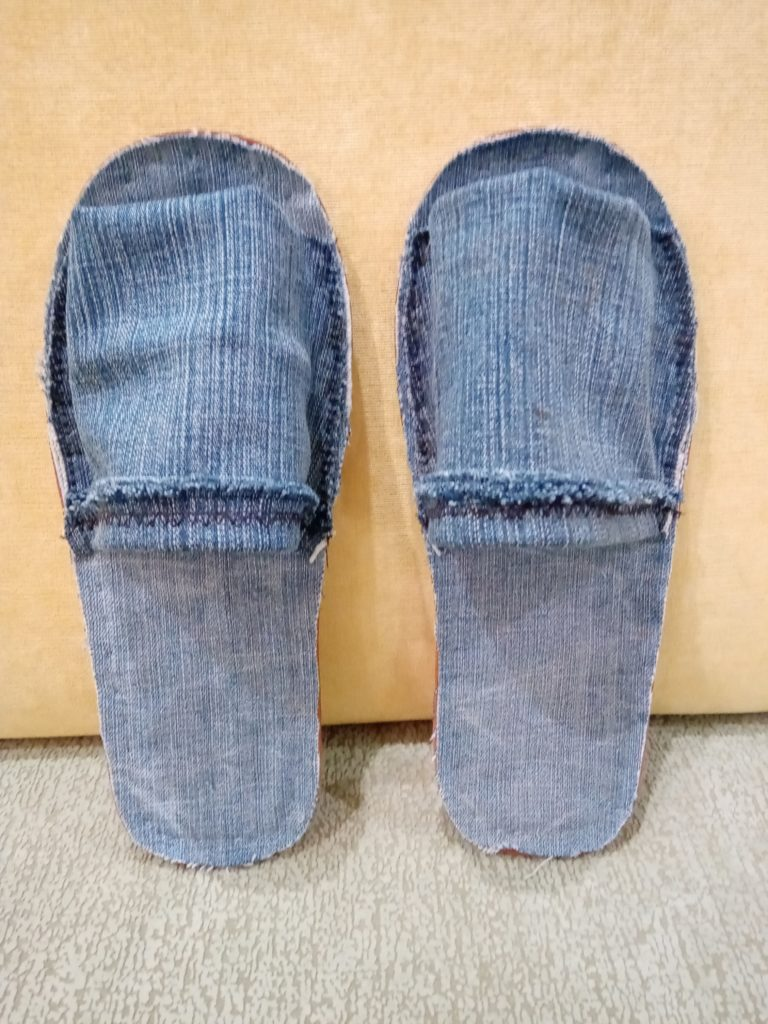 джинсовые тапки