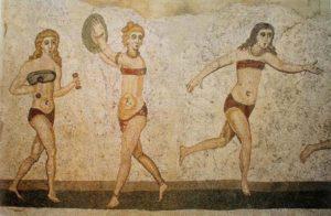 Девушки древности в стратифонах