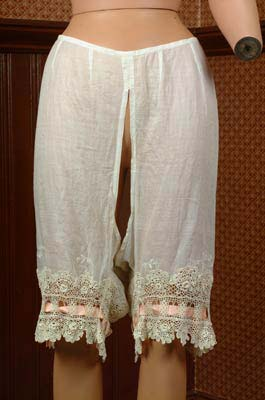 Старинные панталоны