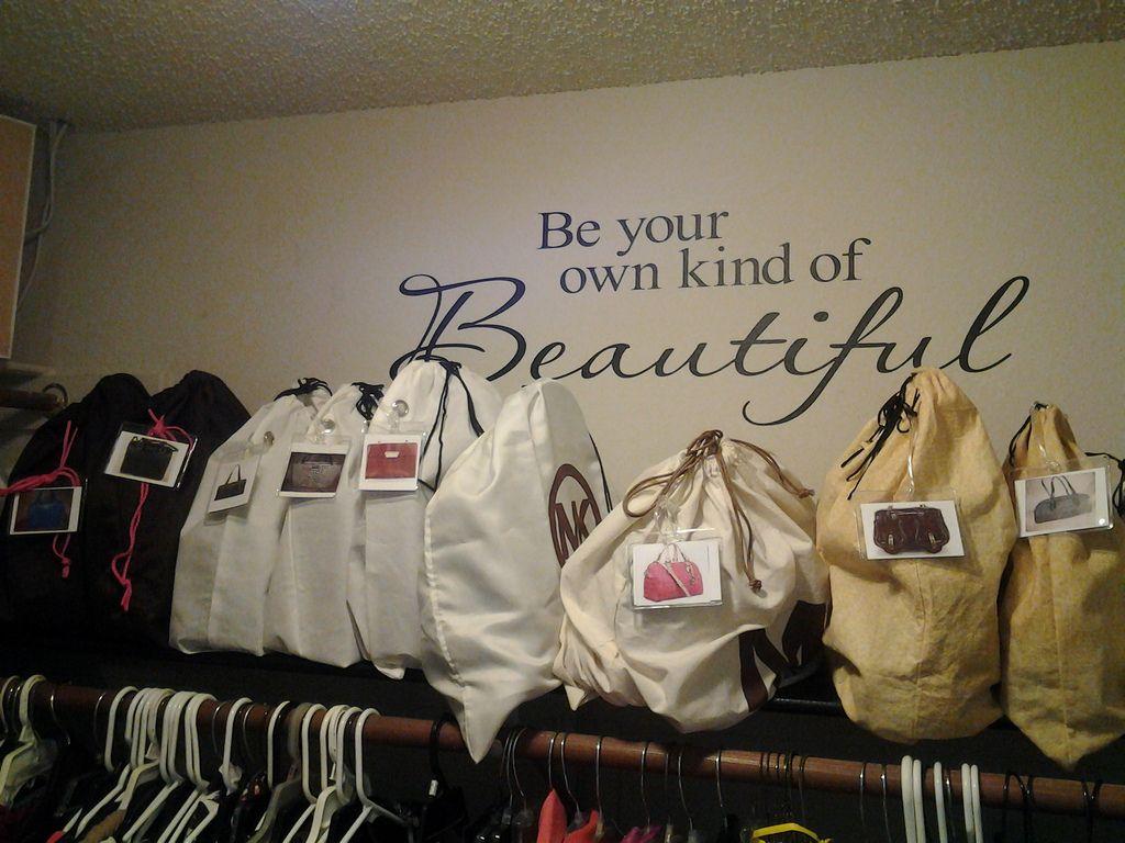 Как правильно хранить сумки