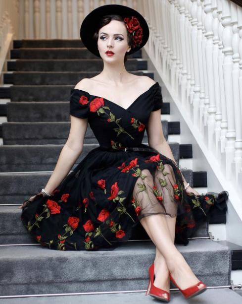черное платье ретро