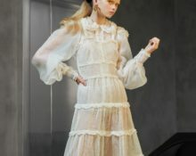 Прозрачное трикотажное платье