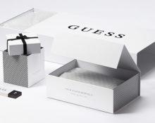 Упаковка Guess.