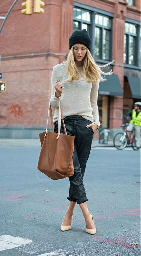 Шоппер с джинсами и свитером