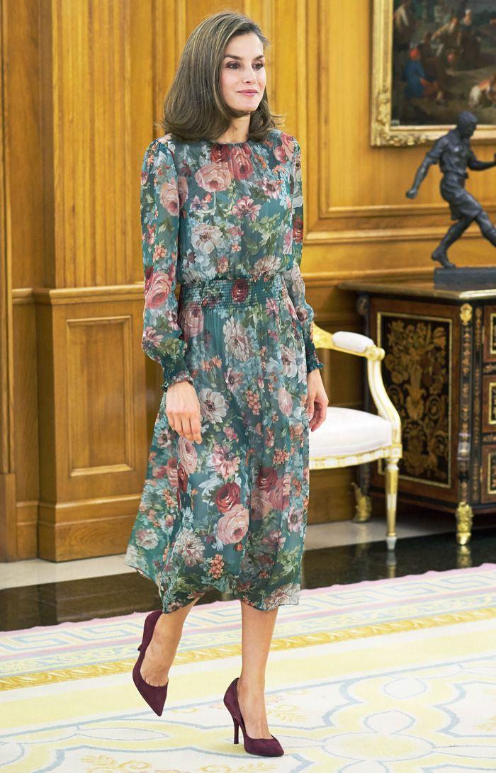 Королева Летиция в платье от Zara