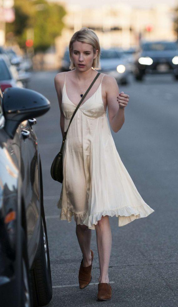 Эмма Робертс в платье от TopShop