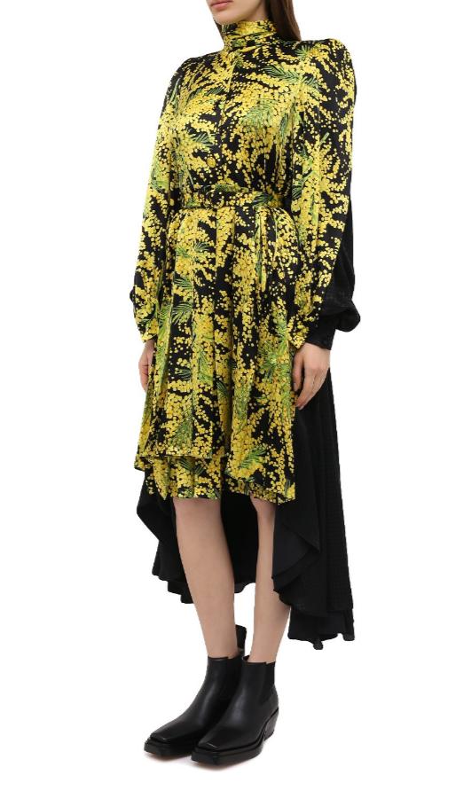 Платье от Balenciaga за 561 000 рублей