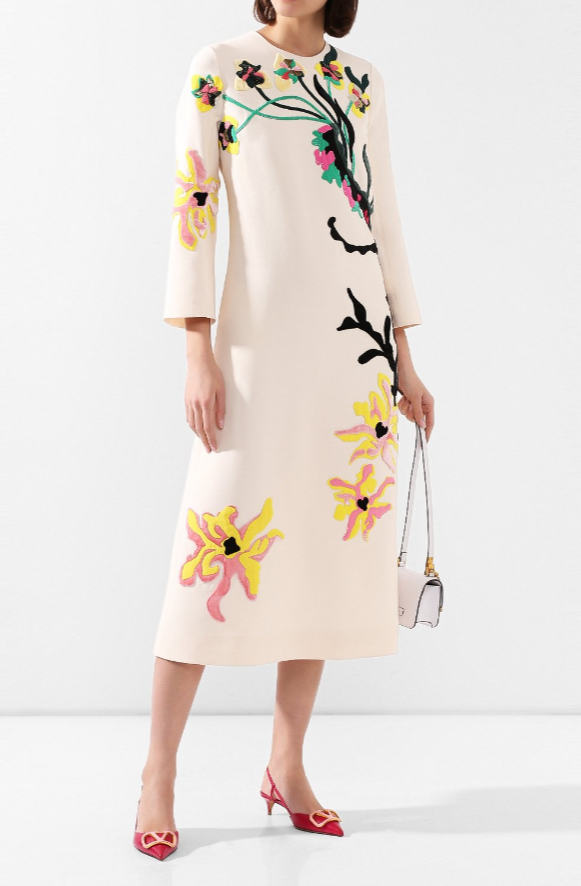 Платье от Valentino за 745 500 рублей