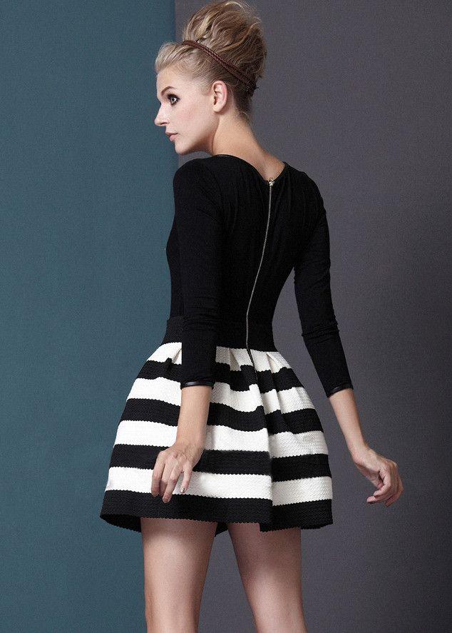 платья со стоящей юбкой