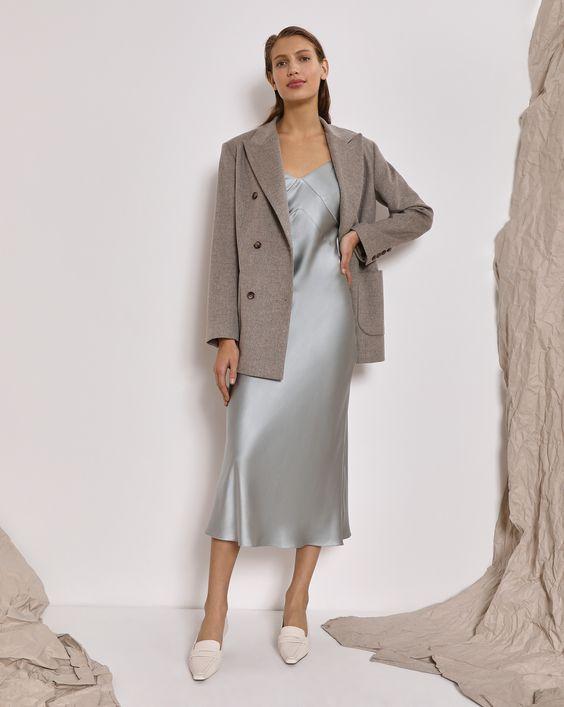 Платье комбинация с пиджаком.