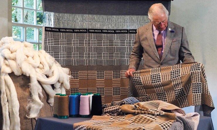 Коллекция шарфов от принца Чарльза