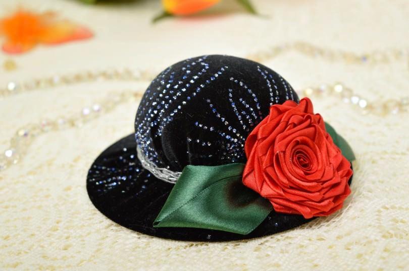 игольница шляпка