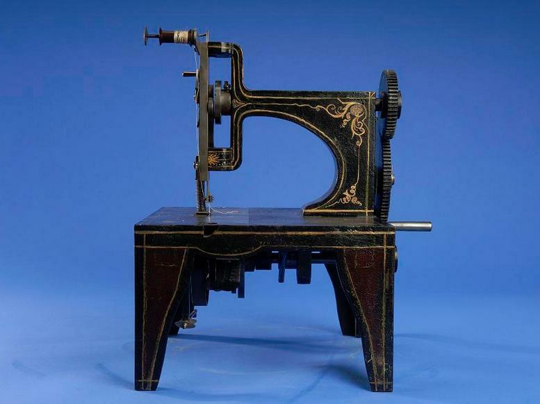 Первая швейная машина Зингера