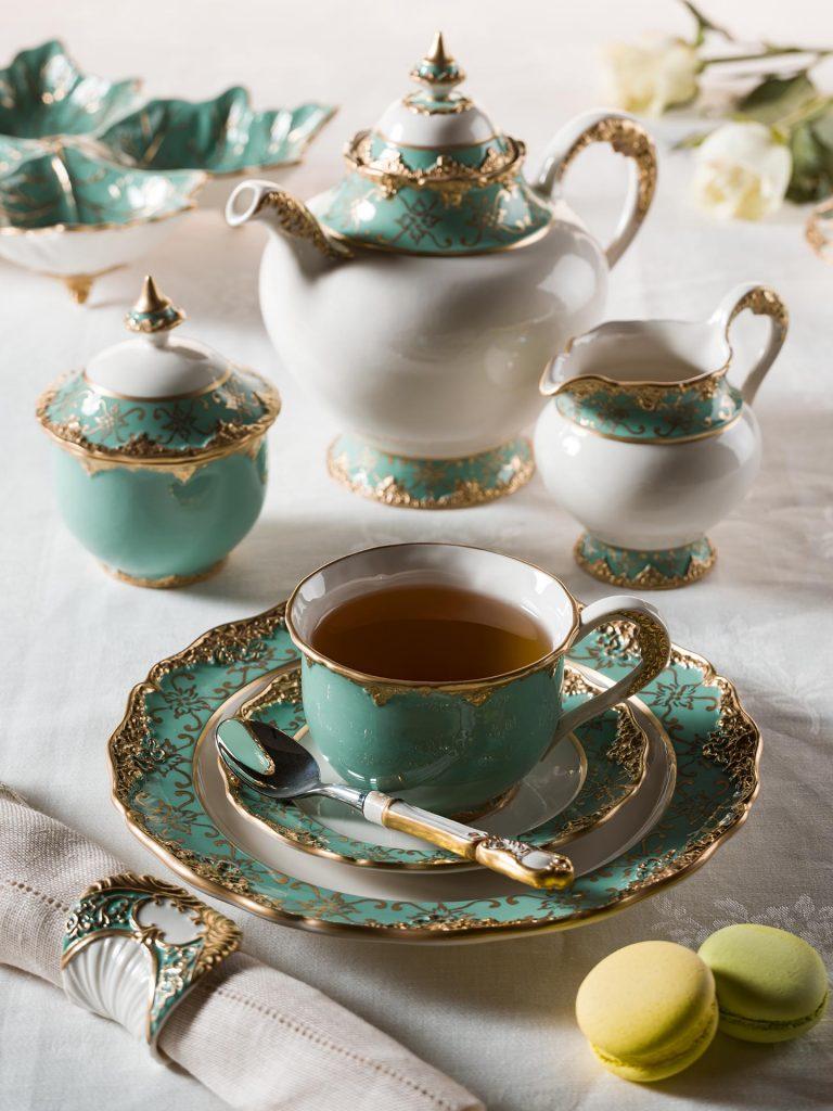 Бирюзовый чайный сервиз.