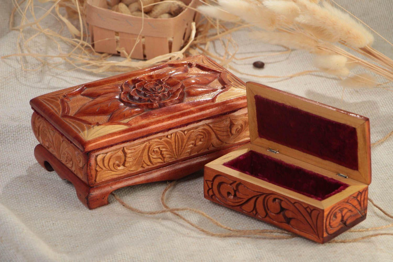 шкатулка из красного дерева