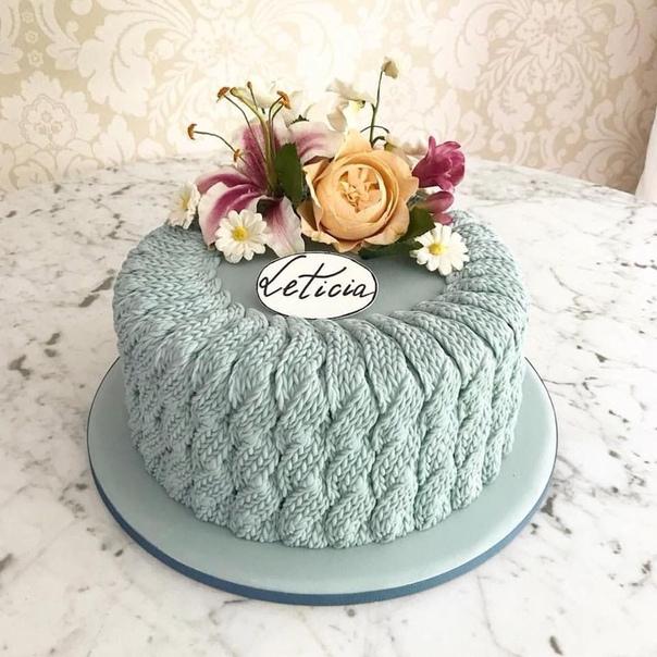 Вязаный торт.