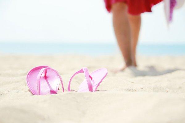 Сланцы для пляжа - лучшая обувь