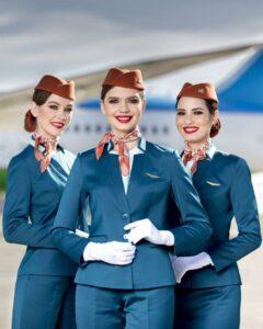 Шейный платок в костюме стюардессы