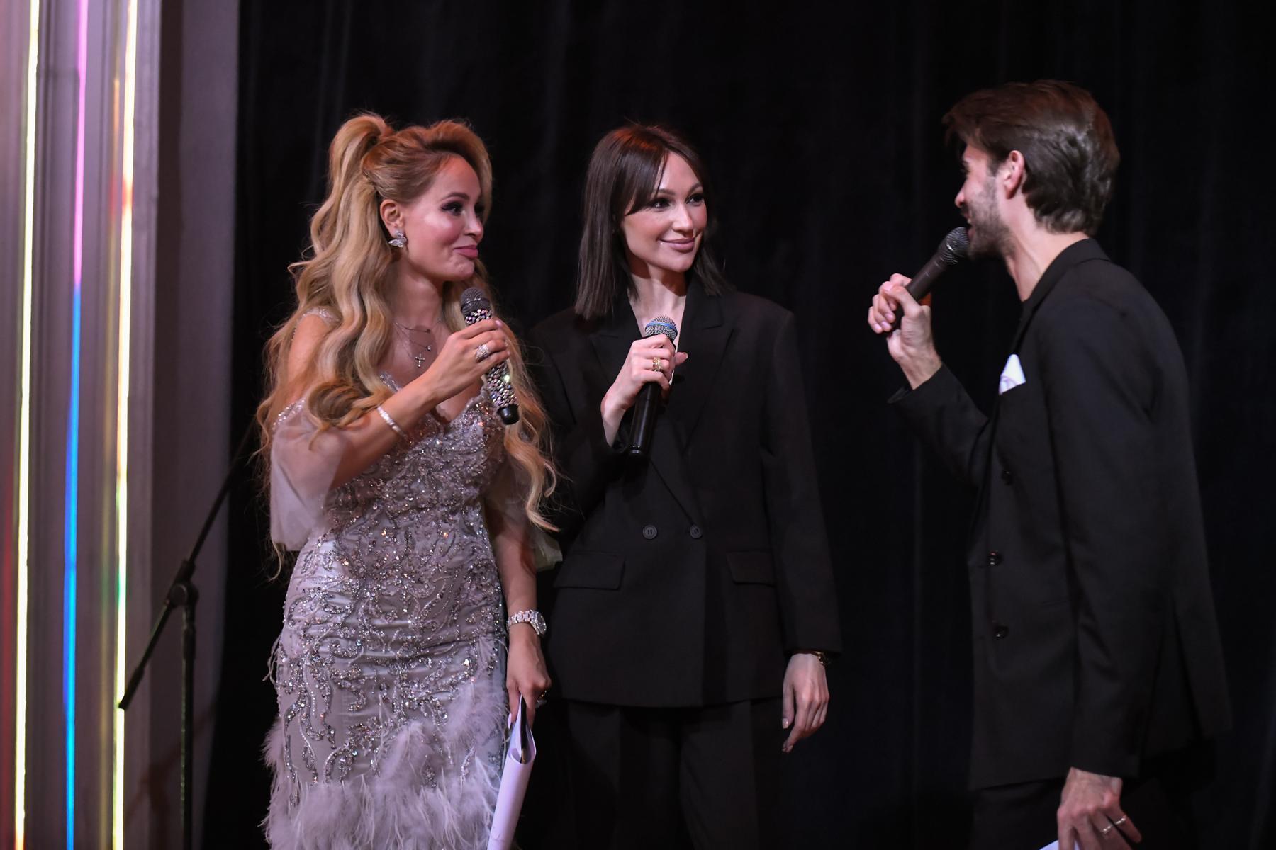 Образы российских звёзд с премии VMODE 2021