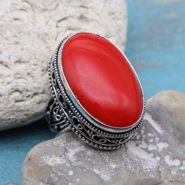 кольцо с коралом