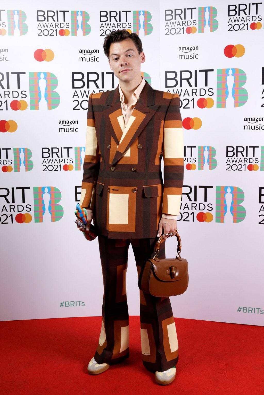 Гарри Стайлз на вручении премии BRIT Awards 2021