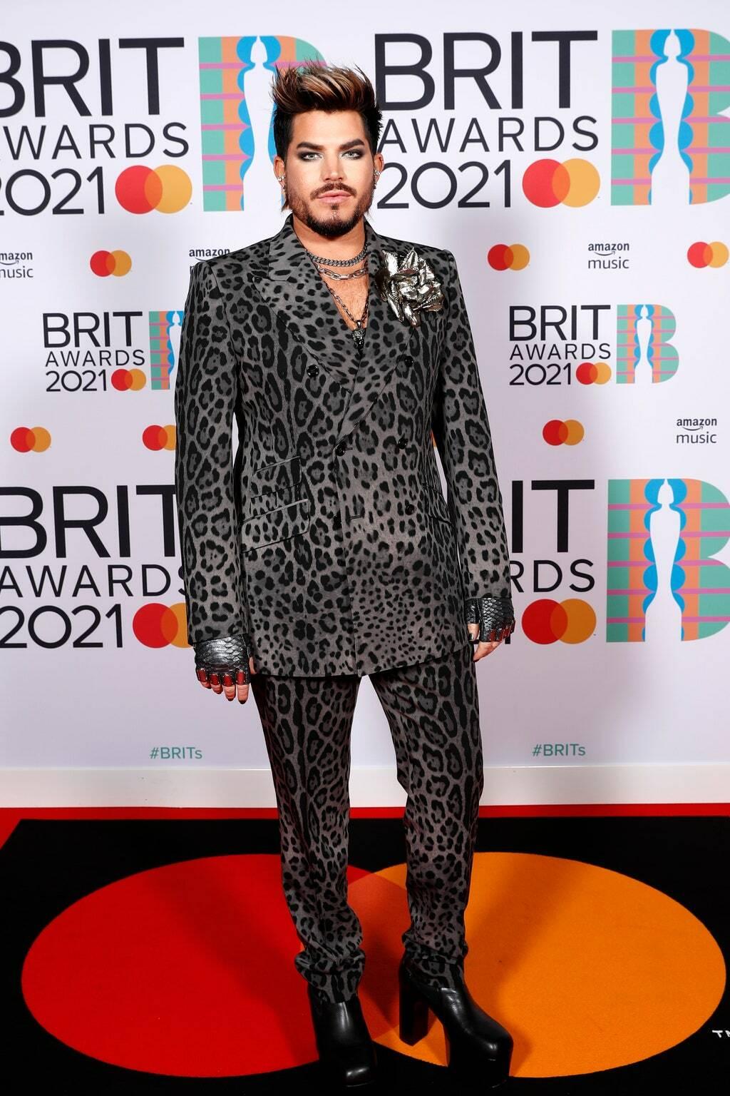 Адам Ламберт на премии BRIT Awards 2021