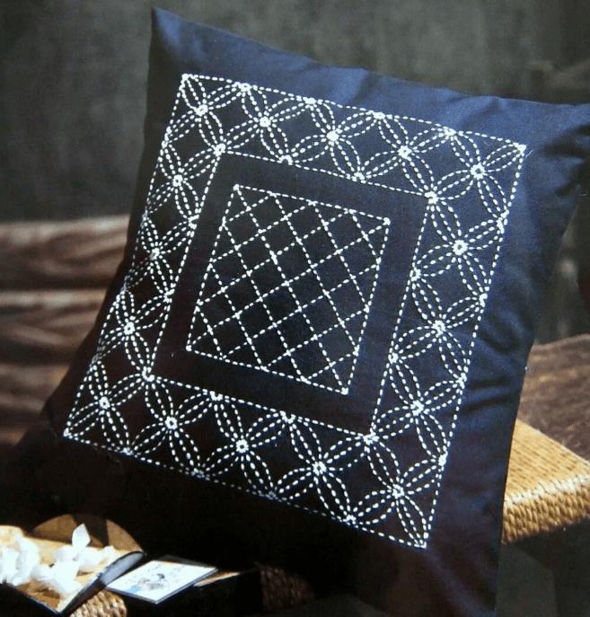 Подушка в технике Сашико