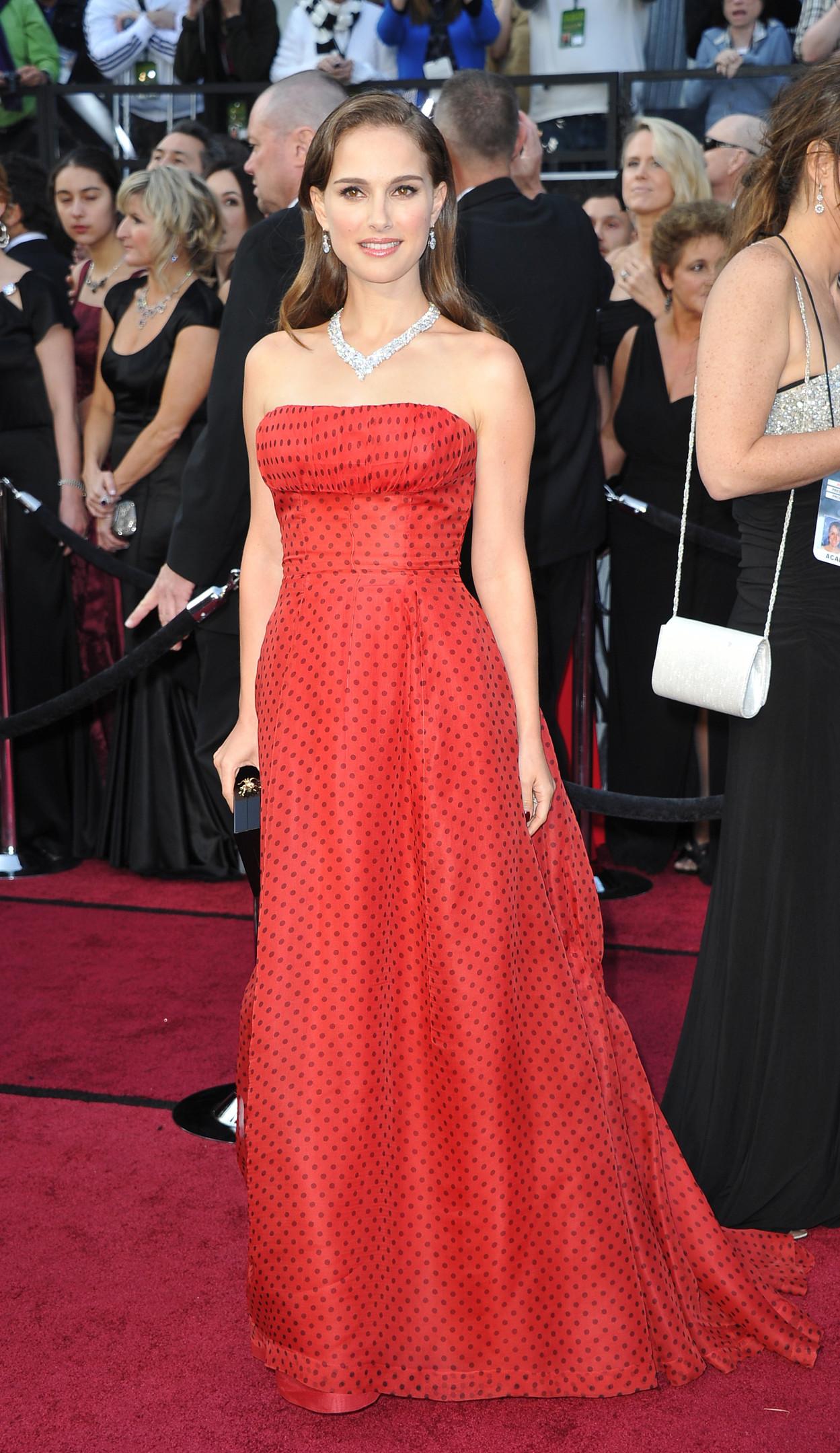 Натали Портман в винтажном платье