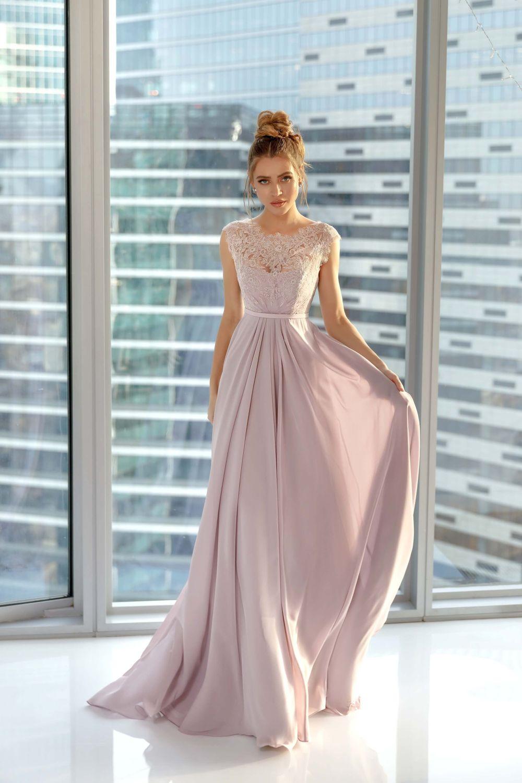 Струящееся платье на выпускной