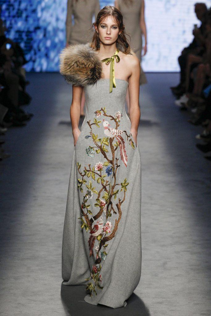 Платье Alberta Ferretti.