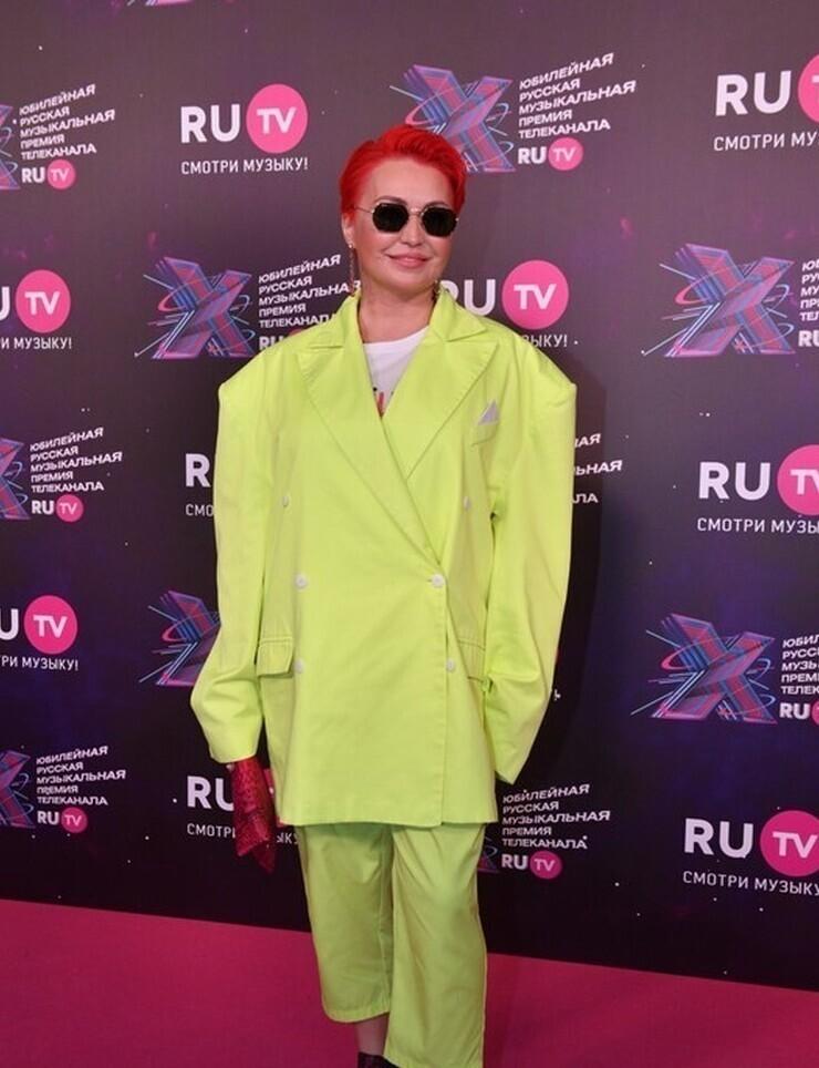 Катя Лель на премии RU.TV 2021