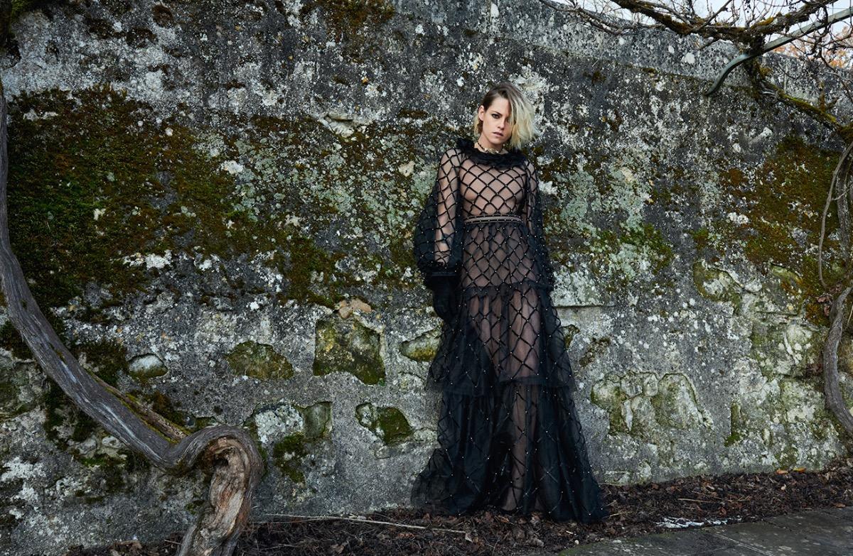 Кристен Стюарт в платье от Chanel