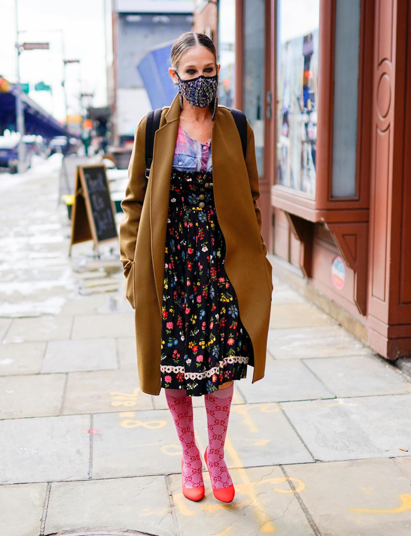 Сара Джессика Паркер в сарафане с цветочным принтом
