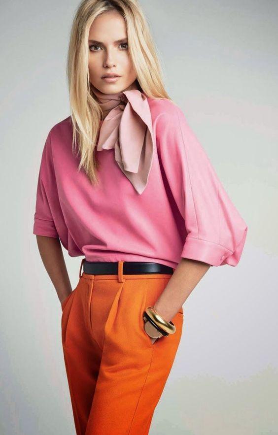 Оранжевый с розовым.