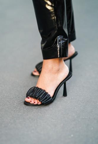 Обувь по знаку зодиака: Лев